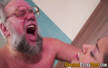Teen skank gets fingered and fucked