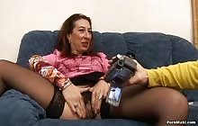 Old hooker filmed and fucked