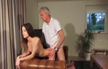 Teen gets a facial from older guy